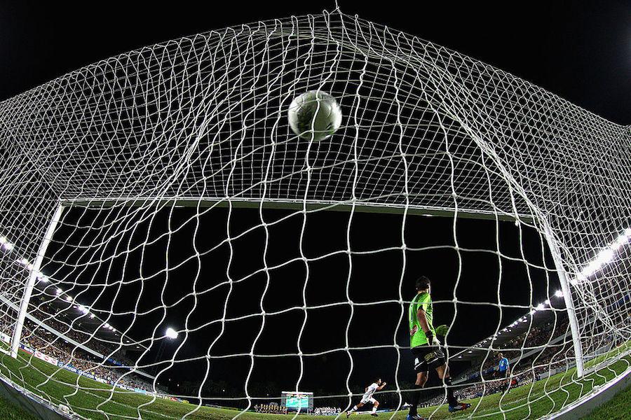 海外アマチュアサッカーの珍シーンが反響を呼んでいる【写真:Getty Images】