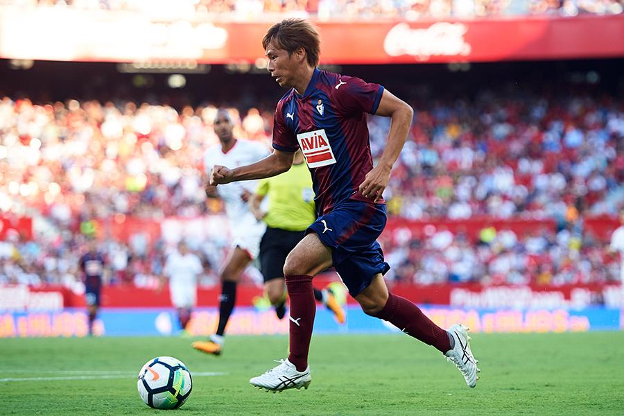 サッカーのスペインリーグ1部・エイバルでプレーする乾貴士【Getty Images】