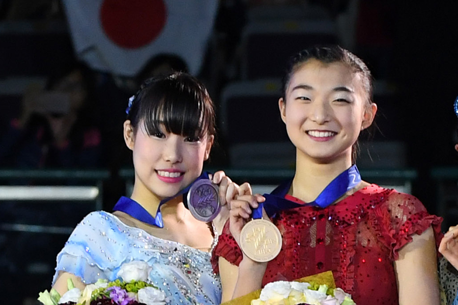 三原舞依、坂本花織【写真:Getty Images】