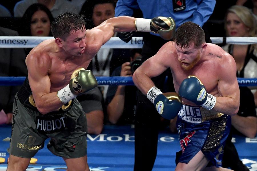 再戦が決まったゲンナジー・ゴロフキンとサウル・アルバレス【写真:Getty Images】