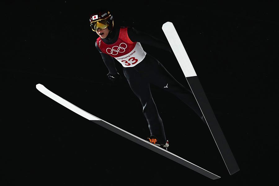 男子ラージヒル個人予選で3位につけた小林陵侑【写真:Getty Images】