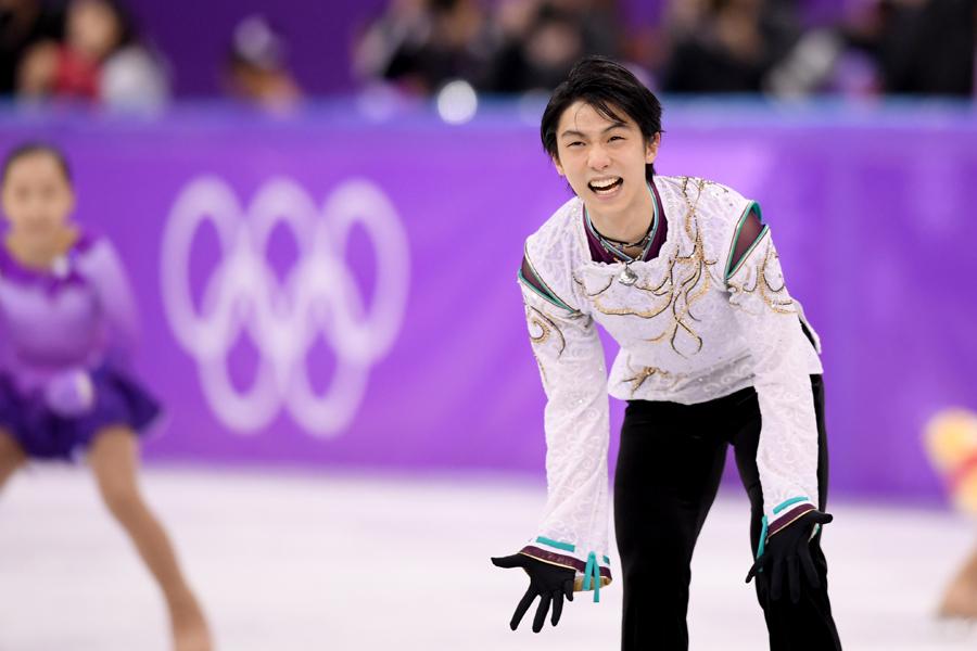 金メダルを獲得した羽生結弦【写真:Getty Images】
