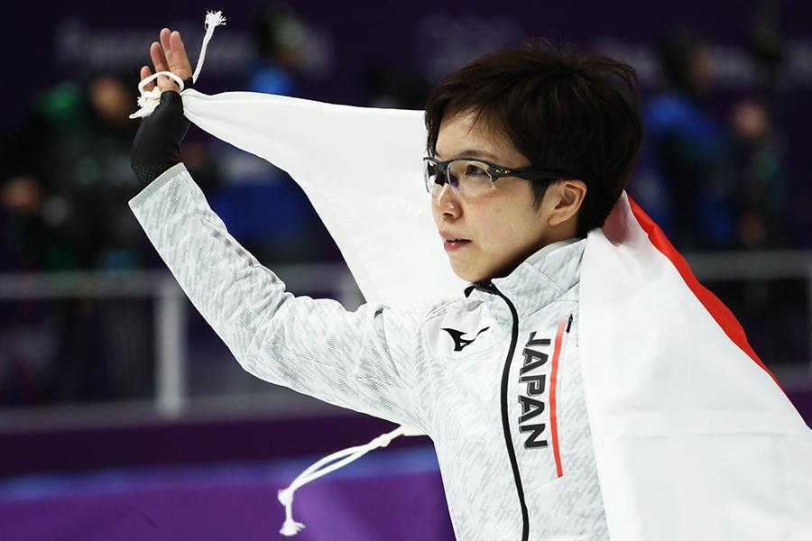 36秒94の五輪新記録で金メダルを獲得した小平奈緒【写真:Getty Images】