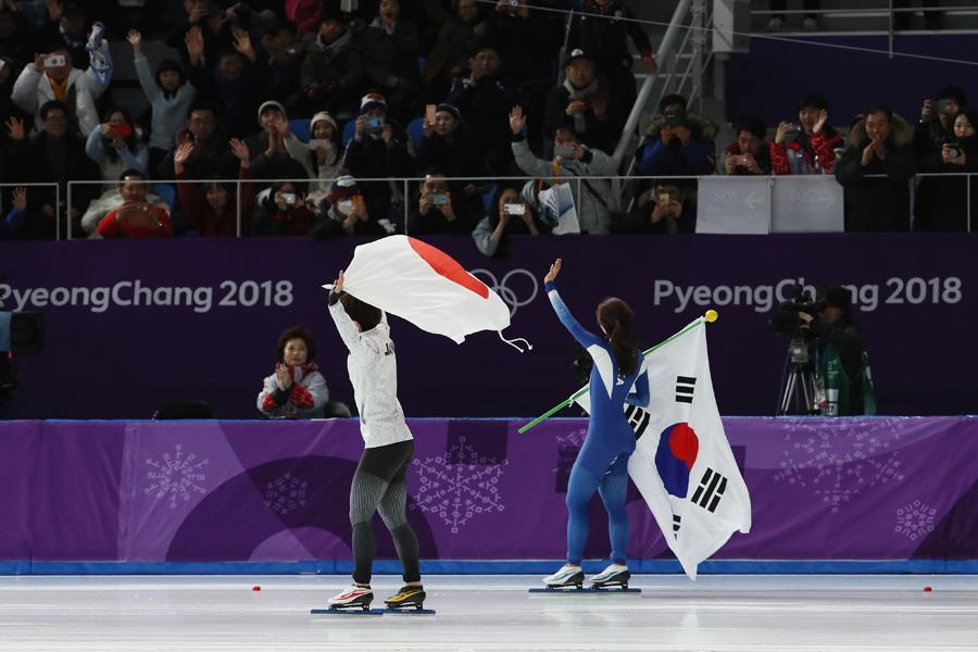 小平奈緒は金メダル、イ・サンファは銀メダルを獲得【写真:Getty Images】