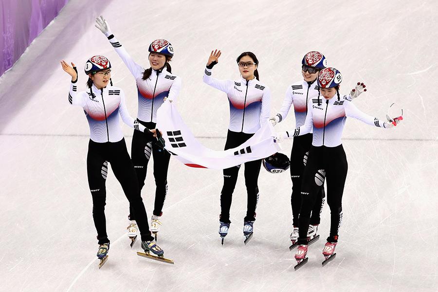 韓国がショートトラック女子3000mリレーで金メダルを獲得【写真:Getty Images】