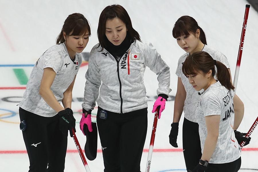 惜しくも韓国に敗れたカーリング女子日本代表【写真:Getty Images】