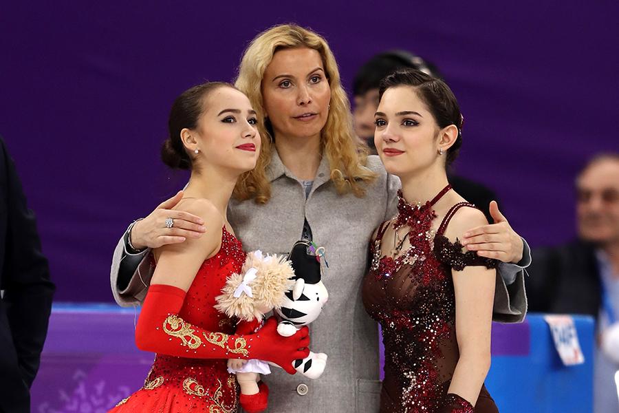 アリーナ・ザギトワが金、エフゲニア・メドベージェワが銀を獲得【写真:Getty Images】