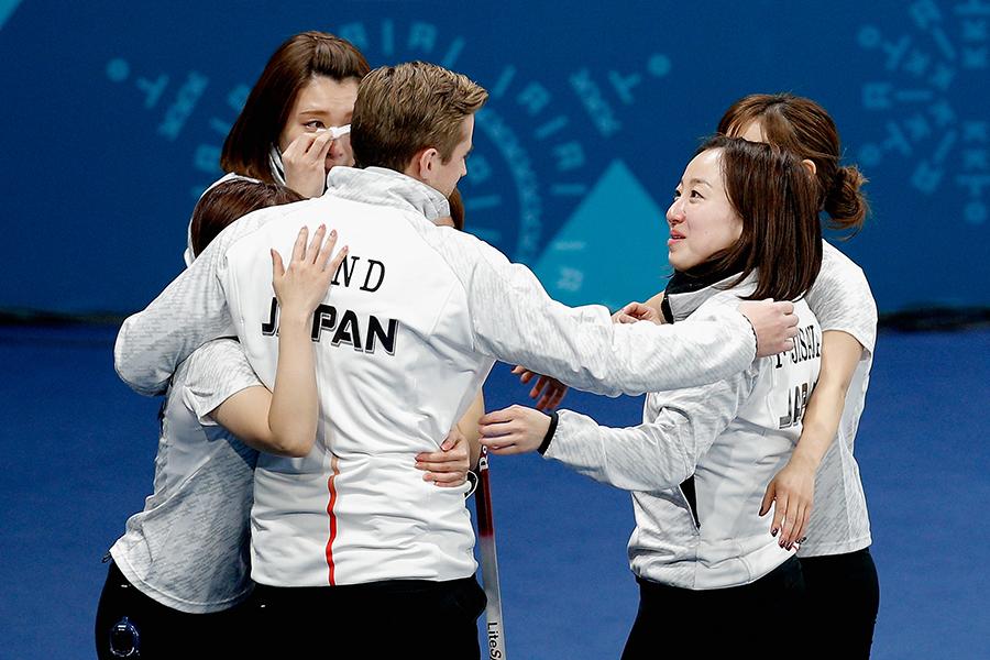 カーリング女子も同競技史上初の銅メダルを獲得【写真:Getty Images】