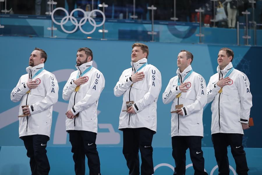 金メダルを獲得したカーリングアメリカ代表【写真:Getty Images】
