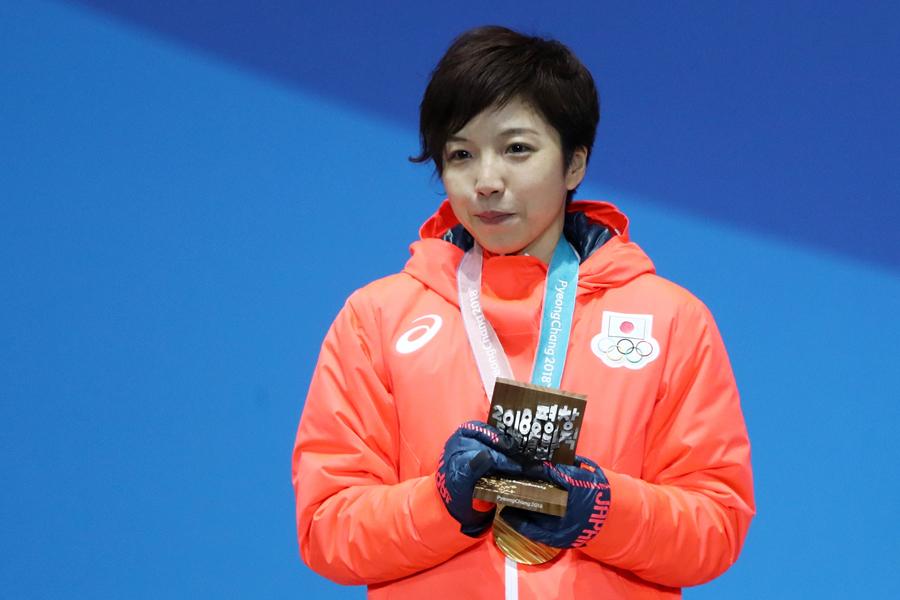 金メダルを獲得した小平奈緒【写真:Getty Images】