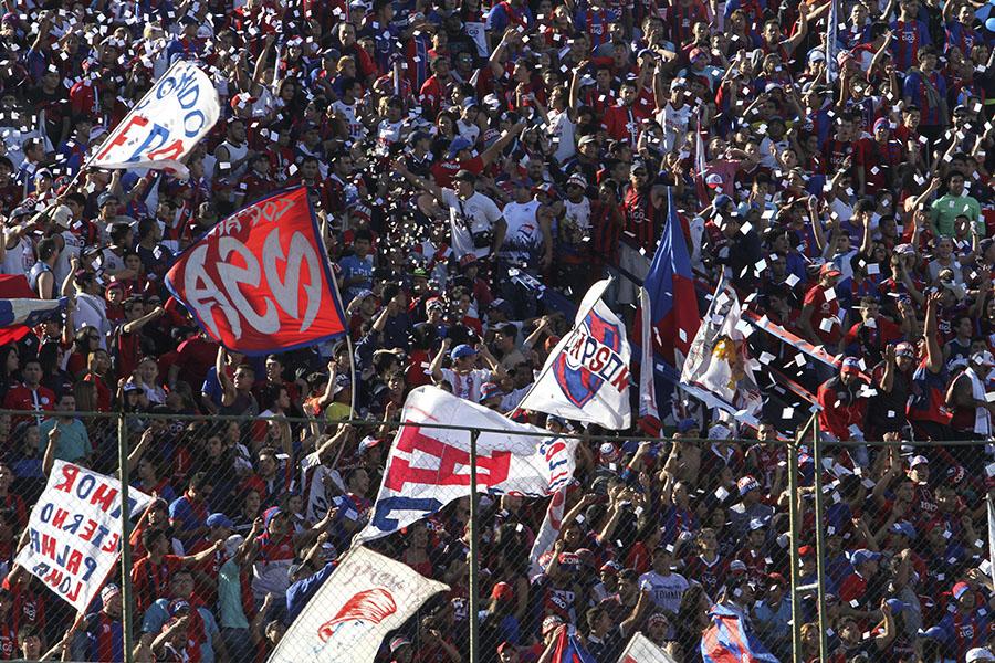 """パラグアイリーグで""""年間ベストゴール""""級のプレーが誕生?【写真:Getty Images】"""
