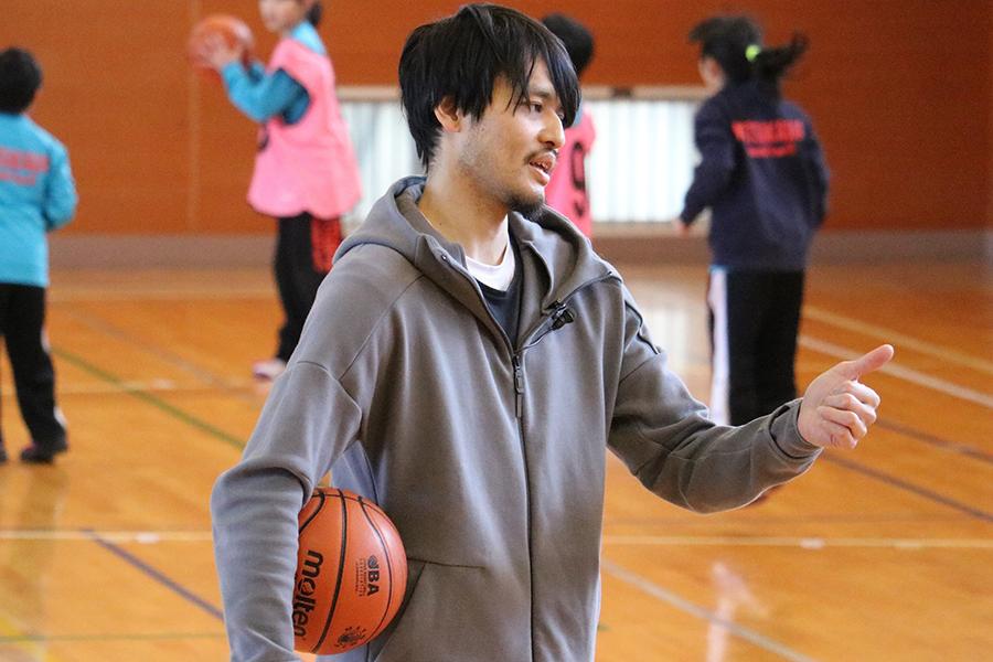 渡邉拓馬氏は現役復帰し、3人制バスケットボールで東京五輪を目指すことを明かしている【写真:村上正広】