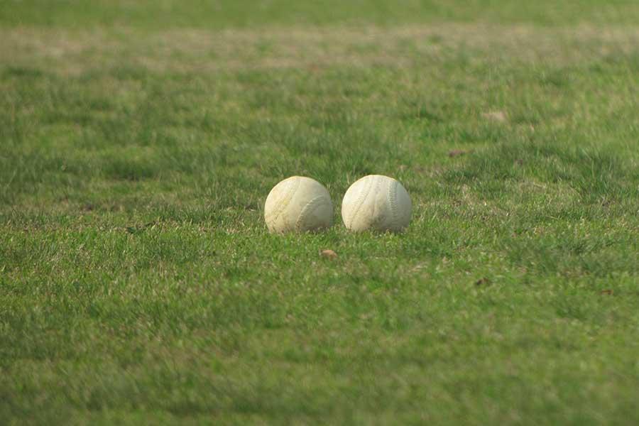 ソフトボール【写真:photolibrary】