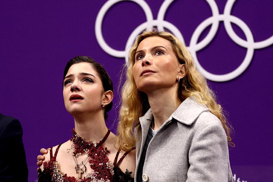 エフゲニア・メドベージェワ、エテリ・トゥトベリーゼコーチ【写真:Getty Images】