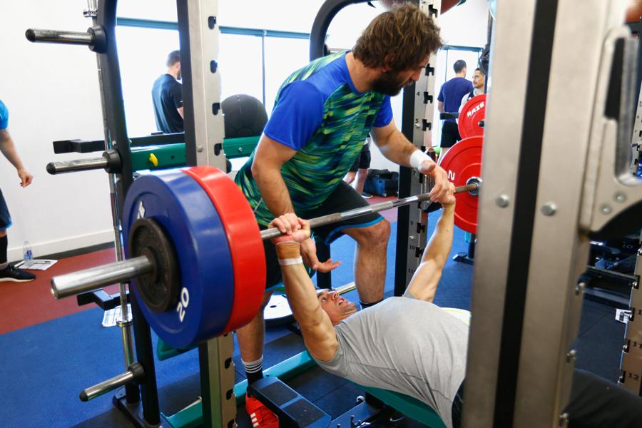ウエイトとスポーツで使用する筋肉の違いとは…【写真:Getty Images】