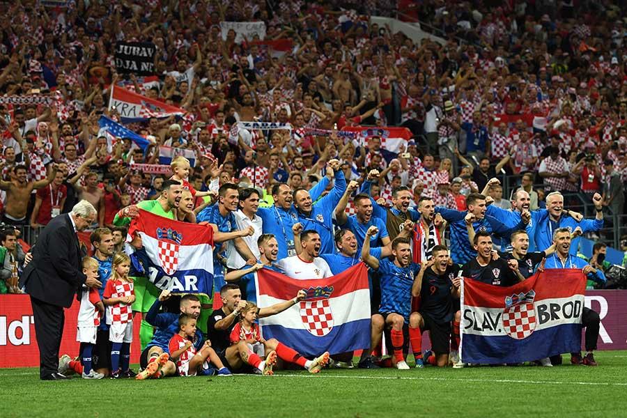 初の決勝進出を決めたクロアチア【写真:Getty Images】