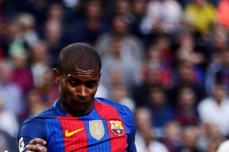 今季からバルセロナに復帰のDFマルロン・サントス【写真:Getty Images】