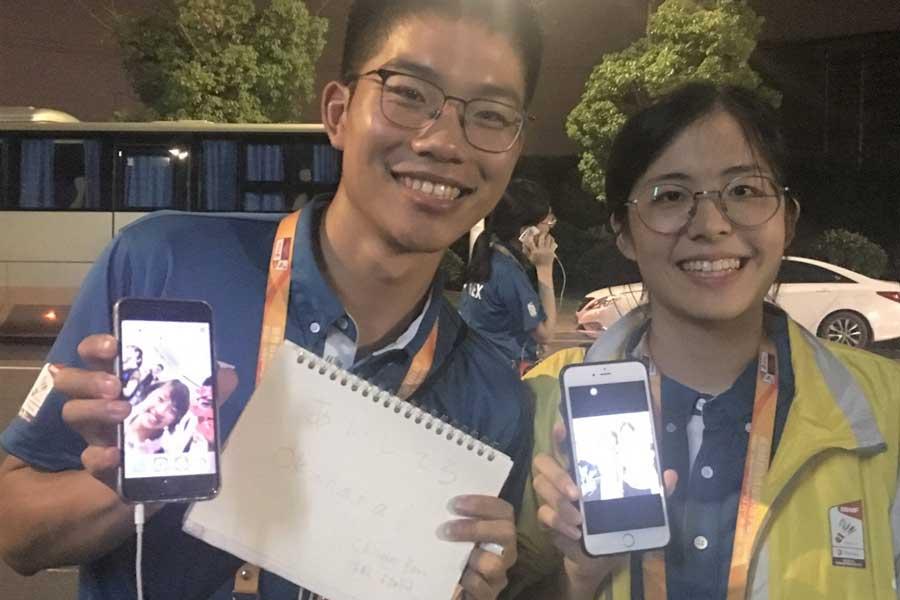 中国で出会った2人のボランティア【写真:平野貴也】