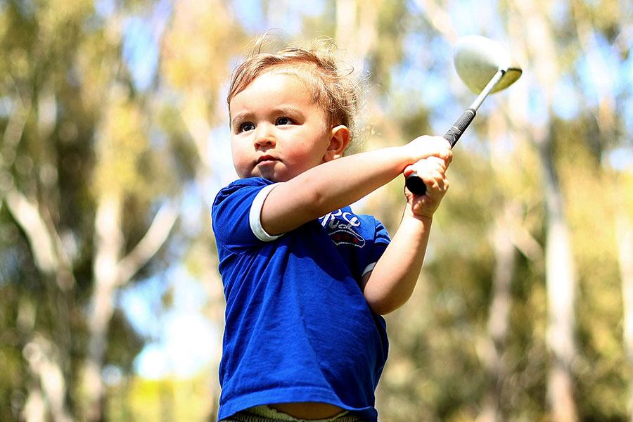 オーストラリア出身のサム・ブレウェットくん【写真:Getty Images】