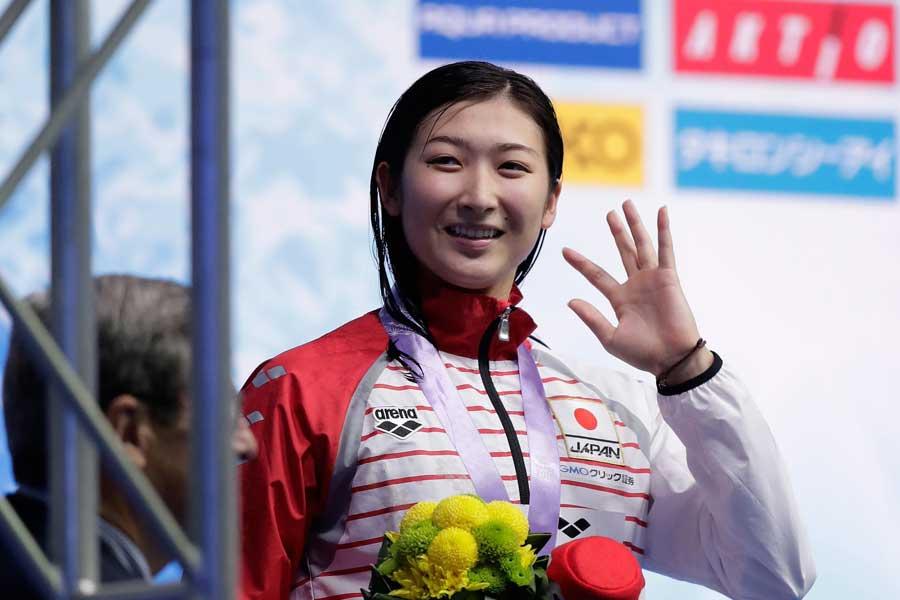 女子200メートル自由形で銀メダルを獲得した池江璃花子【写真:Getty Images】