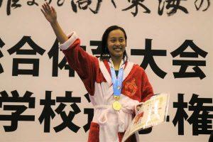 女子200メートル個人メドレーは今井月(豊川=3年)が優勝【写真:編集部】