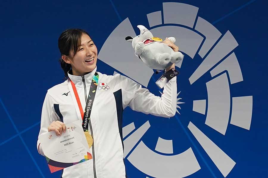 池江璃花子は今大会6冠を達成した【写真:Getty Images】