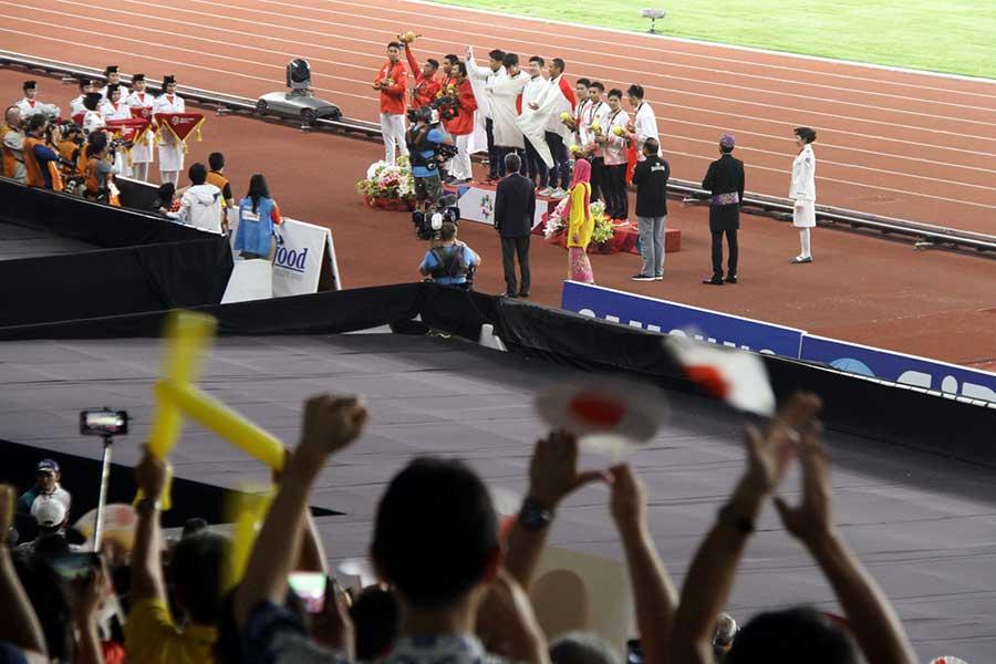 男子400メートルリレー(写真)だけでなく、最終種目のマイルリレーも盛り上がりを見せた【写真:平野貴也】