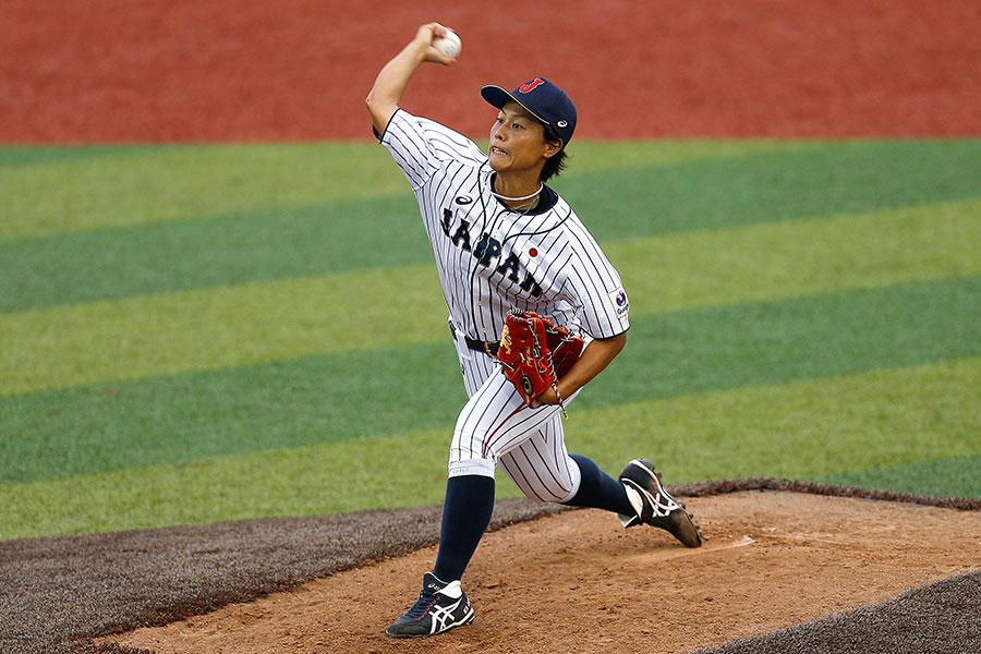 3大会連続MVPを獲得した侍ジャパン女子代表・里綾実【写真:Getty Images】
