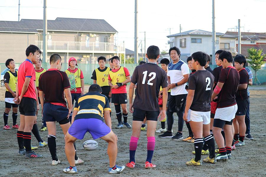 石巻工業のラグビー部員と元日本代表主将・菊谷崇氏は、2日間濃密な時間を過ごした【写真:編集部】