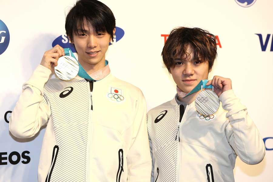 羽生結弦(左)と宇野昌磨【写真:Getty Images】