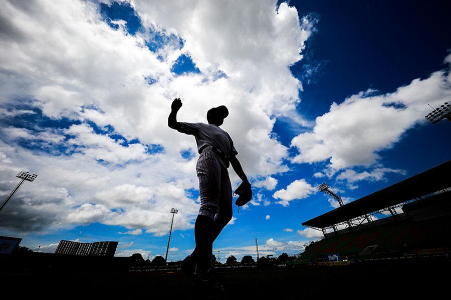 プロ野球志望届の提出者は高校生88人、大学生72人で計160人となった【写真:Getty Images】