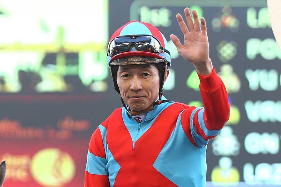 前人未到のJRA通算4000勝を達成した武豊【写真:Getty Images】