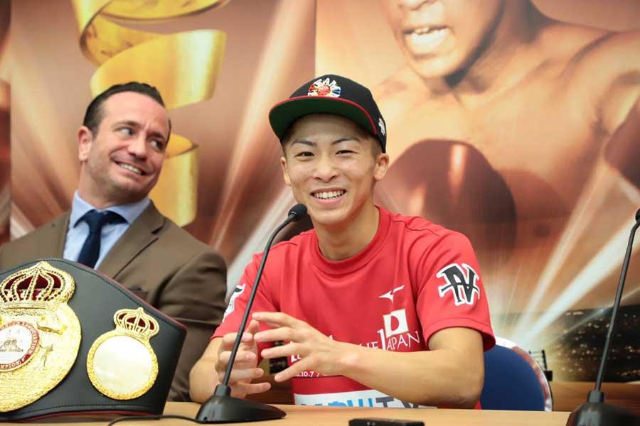 WBSSでの快勝を経て、井上尚弥は「リング」最新版パウンド・フォー・パウンドで6位に【写真:荒川祐史】