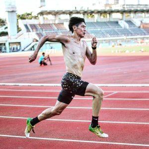 秋本氏は自身のトレーニング過程で得た気づきを指導にも落とし込むことを目指した【写真:本人提供】