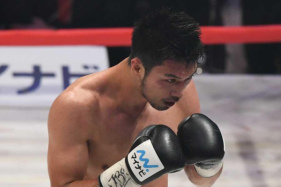 ブラントと防衛戦を戦う村田に角界スターからエールが送られている【写真:Getty Images】