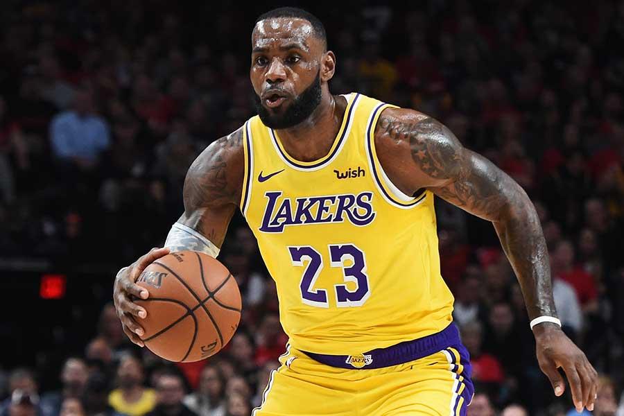 NBAレイカーズのレブロン・ジェームズ【写真:Getty Images】