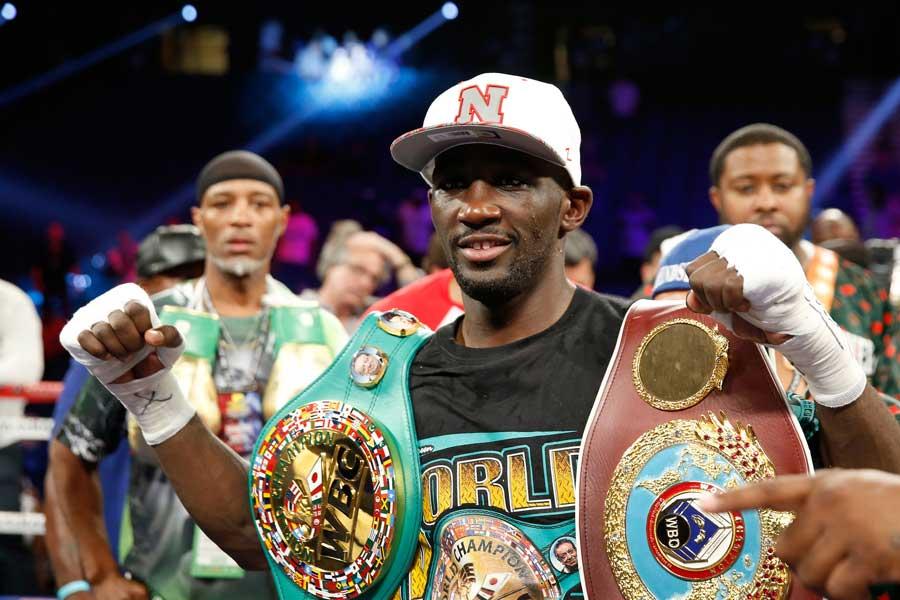 3階級制覇王者クロフォードはベナビデスを12回TKOで下した【写真:Getty Images】