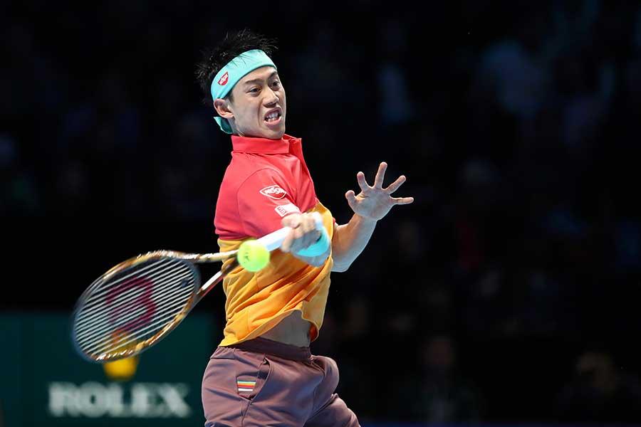 「Nitto ATPファイナルズ」初戦でフェデラーを下した錦織【写真:Getty Images】