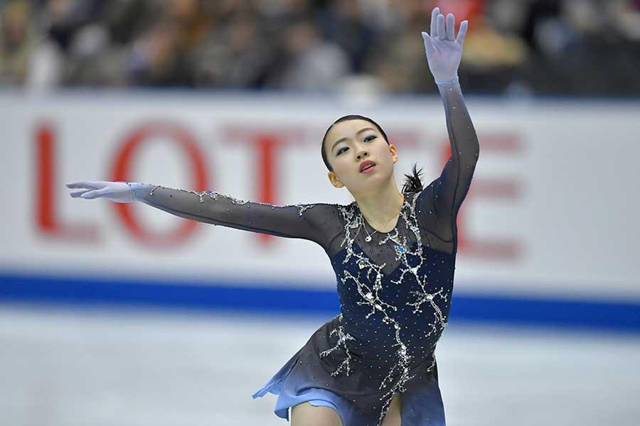 NHK杯で衝撃の優勝を飾った紀平【写真:Getty Images】