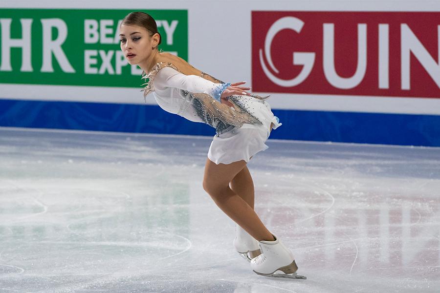 首位発進のアリョーナ・コストルナヤ【写真:Getty Images】