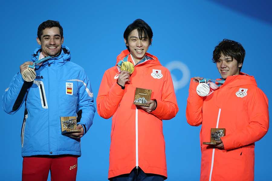 (左から)フェルナンデス、羽生結弦、宇野昌磨【写真:Getty Images】