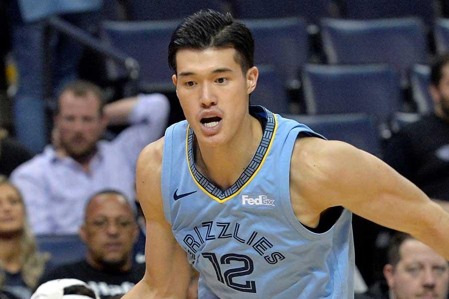 NBAで奮闘中の渡邊雄太【写真:AP】