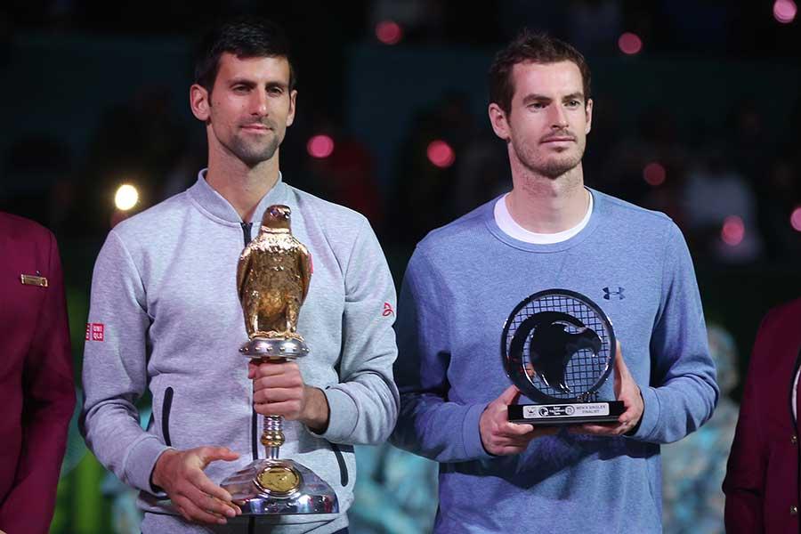 ジョコビッチ(左)が引退を表明したマレーにメッセージを送った【写真:Getty Images】