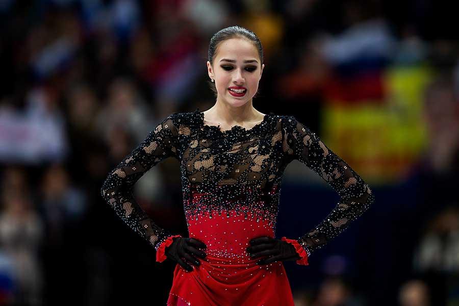欧州選手権連覇を逃したアリーナ・ザギトワ【写真:Getty Images】