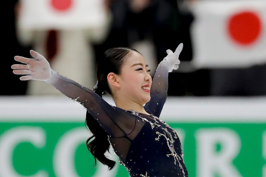 【フィギュアスケート】<紀平梨花>圧巻の逆転Vに米記者絶叫! 「クィィィィィィィィィーーーーーーーーン」