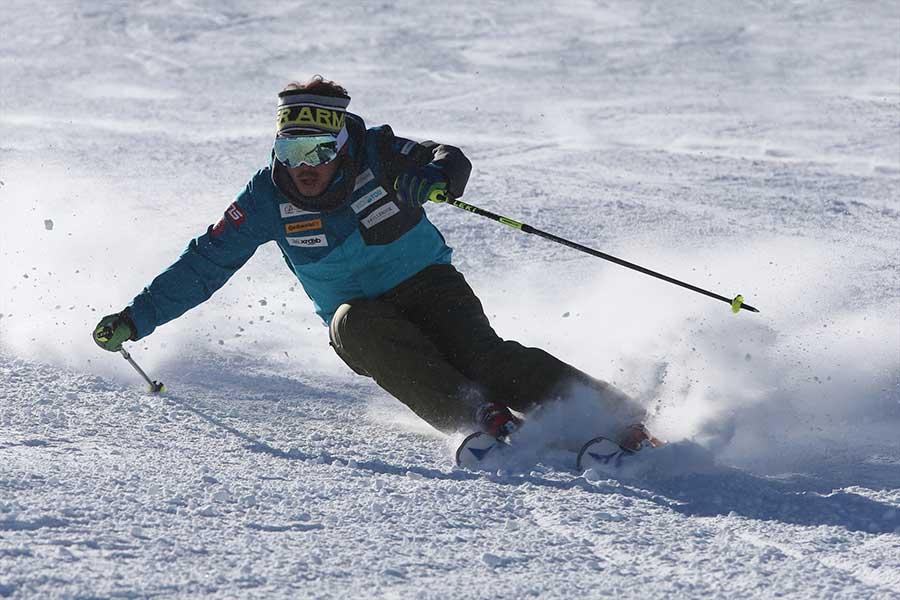 成功するまでトライし続けられるのはスポーツ選手の強みだという【写真:全日本スキー連盟】