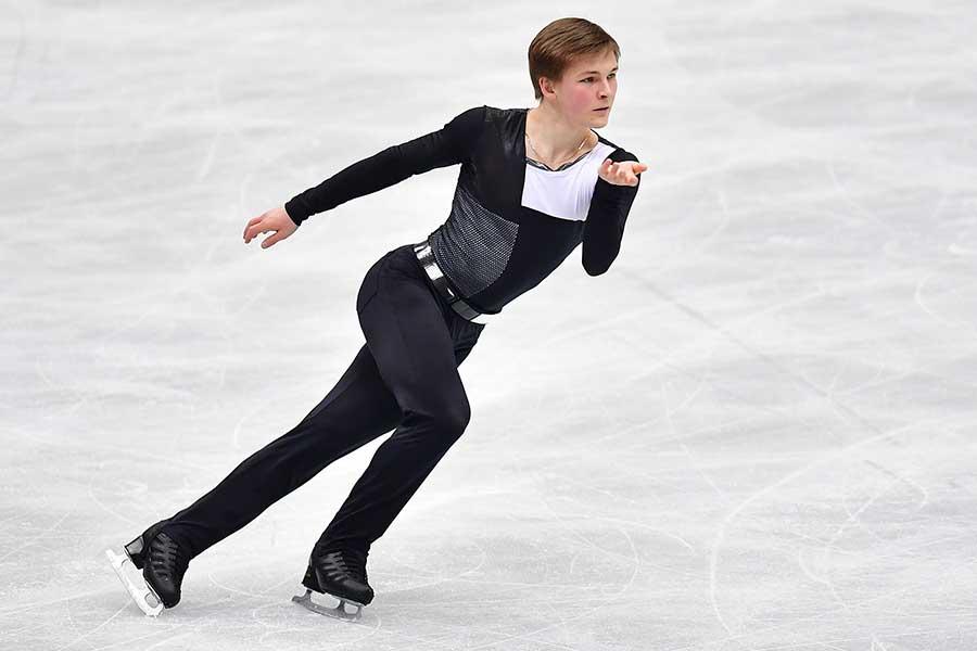 SPで10位に終わったミハイル・コリヤダ【写真:Getty Images】