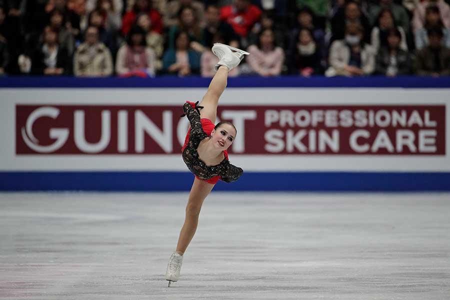 世界選手権で初優勝を飾ったアリーナ・ザギトワ【写真:AP】