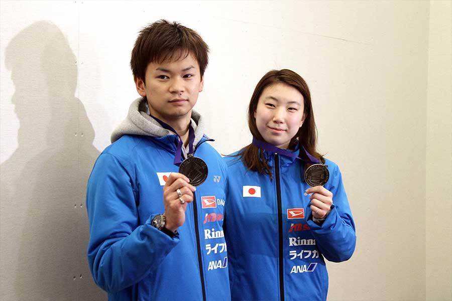 全英オープンで準優勝した渡辺(左)と東野(右)【写真:平野貴也】