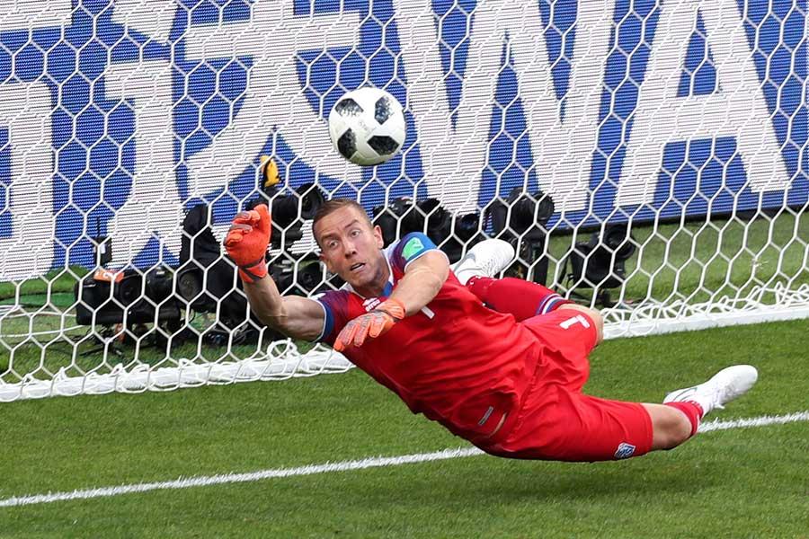 アイスランド代表GKハネス・ハルドルソン【写真:Getty Images】
